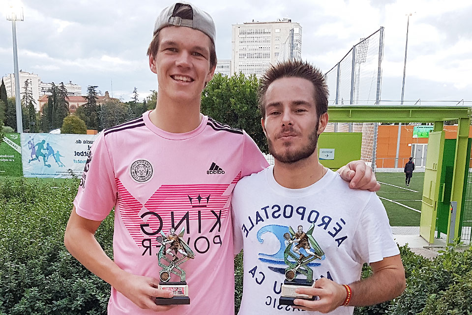 The winners of the second tournament were SLU,马德里 students Tomás Martínez-Bordiú and Jaime Reinoso.