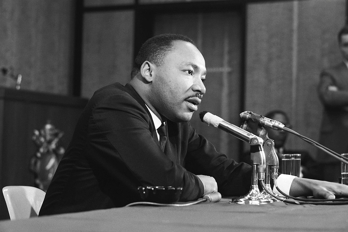 The Rev. Dr. Martin Luther King Jr. 在 SLU in 1964.